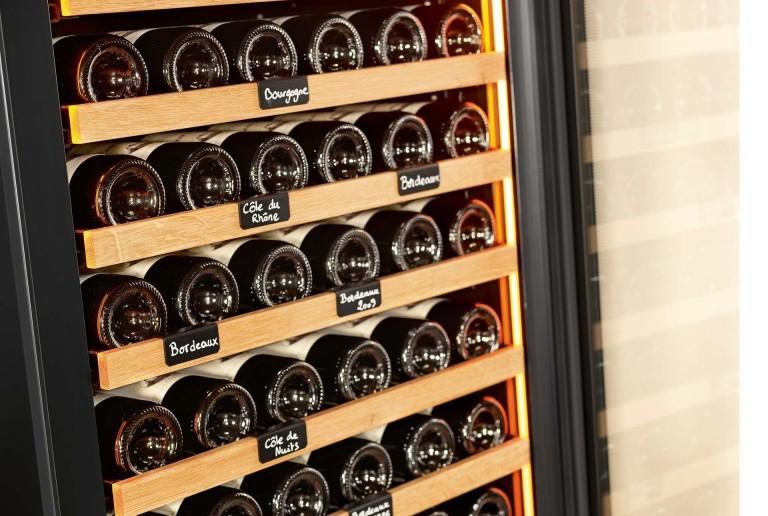 cave a vin bouteilles